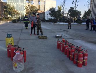 我院开展冬季消防演练